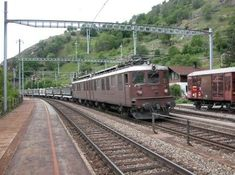 Diesel, Swiss Railways, Train Pictures, Train Tracks, Trains, Iron, Europe, Photos, Locomotive