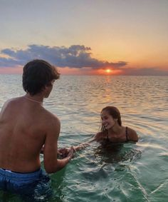 P I N T E R E S T: melissahendrikss distance relationship advice aesthetic goals ideas memes photos pictures problems quotes tips Cute Couples Photos, Cute Couple Pictures, Cute Couples Goals, Couple Pics, Teen Couples, Couple Things, Couples At The Beach, Lake Pictures, Couple Ideas