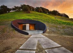 Napa Valley Secret: This Stunning Modern Winery Is Hidden Away in the Hillside — Architizer Architecture Cool, Landscape Architecture, Grape Harvest Season, Wine Chateau, Real Estate Usa, Napa Valley Wineries, Earth Homes, Higher Design, Houses