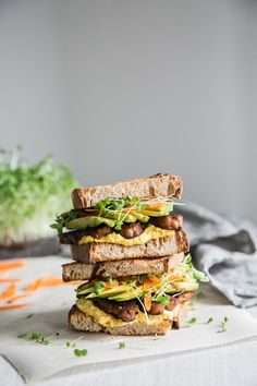Sweet And Spicy Tempeh Sandwich With Carrot Aioli