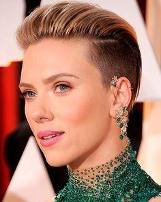 beleza-beauty-editor-cabelo-corte-e-styling-oscar-2015-melhores-penteados-look-de-beleza-scarlett-johansson