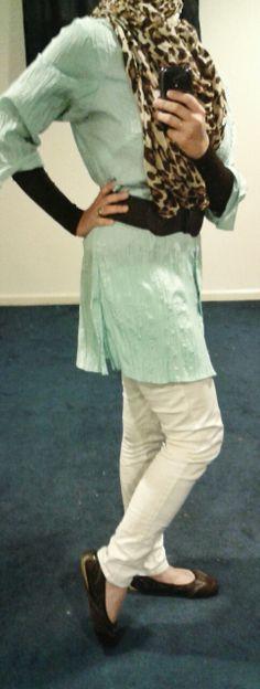 Fashion & Style Fusion blog, #ootd #hootd #modest #outfit #fashion #style #mint #aqua #mintchocolate #mintchocolatechip #leopard #leopardscarf #leopardprint #brown #flats #white #whitepants #belt