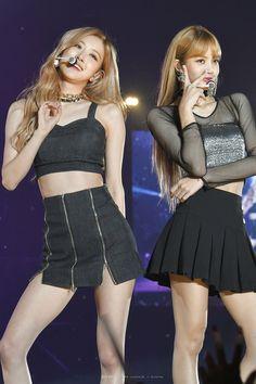 Check out Blackpink @ Iomoio Blackpink Photos, Girl Photos, Divas, Blackpink Jisoo, Blackpink Jennie, Color Rosa, First Girl, Looks Style, Yg Entertainment