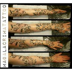 Kind of sleeve by MagaLacrima Hand Henna, Hand Tattoos, Sleeve, Manga, Finger, Manche
