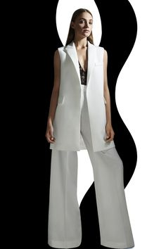 SASSO sleeveless jacket / DEAL trouser / VETIS lace body