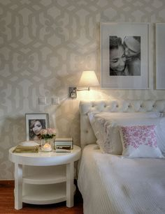 Maria Barros - White bedroom