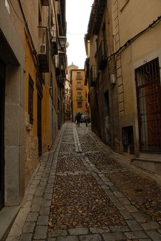 Forget the stairmaster and walk in Toledo, Spain
