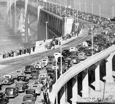 """All the ceremonies were very well attended with more than one million people at the parade alone. The San Francisco Chronicle reported that the opening in 1936 caused """"the greatest traffic jam in the history of San Francisco"""". (Photo courtesy baybridgeinfo.org)"""