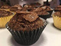 Chokolade-bananmuffins Fondant, Cupcakes, Breakfast, Pierogi, Morning Coffee, Cupcake Cakes, Gum Paste, Cup Cakes, Muffin