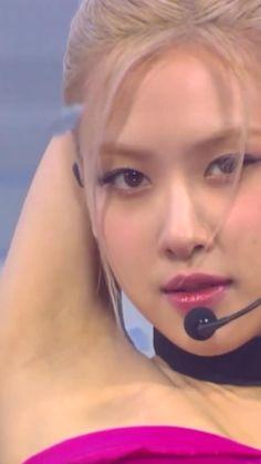 Rose Video, Blackpink Video, Black Pink Songs, Black Pink Kpop, Blackpink Fashion, Korean Fashion, Dance Videos, Music Videos, Rose Queen