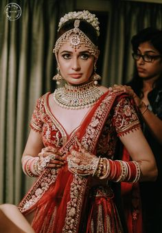 We spotted bunch of south indian brides who totally nailed their wedding look be it because of their bridal saree, jewelery or the traditional south Indian bridal makeup and hairstyle. Saree Wedding, Wedding Wear, Wedding Bride, Wedding Attire, Wedding Bells, Bride Groom, Wedding Ceremony, Wedding Stuff, Indian Wedding Photos