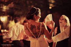 Michelle + Caue  |  Exclusive custom made wedding gown by A MODISTA atelier | Photos Rodrigo Zapico   | Fazenda Vila Rica . Itatiba . SP . Brazil