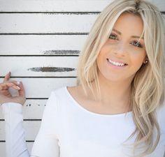 Ellebangs on youtube. Best ash blonde ive seen!