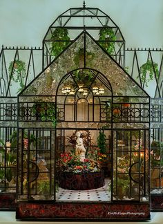 This gorgeous conservatory by Linda Young is just one example of her extraordinary glass work in miniature.