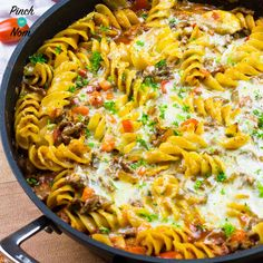 We love a good Pasta Bake. This Syn Free Pasta Bolognese Bake ticks all the boxes when it comes to Slimming World pasta bakes! Slimming World Lunch Ideas, Slimming World Pasta, Slimming World Dinners, Slimming World Recipes, Slimming Eats, Batch Cooking, Cooking Recipes, Bolognese Pasta Bake, Vegetarian Snacks