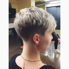 "goshorter: "" Who said girls can't pull off short hair? 😜 @hairbyydee @anabellmason #gmai #aveda #clippercut #fade #hairbyydee """