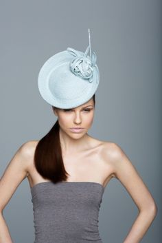 Beautiful fascinator just in time for Easter, weddings, first holy communions. By one of the best millinery designers in England, Lock & Company Hatters. $890. US   http://www.lockhatters.co.uk/Sugar_Pie-details.aspx
