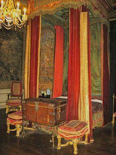 State Bedroom, Warwick Castle