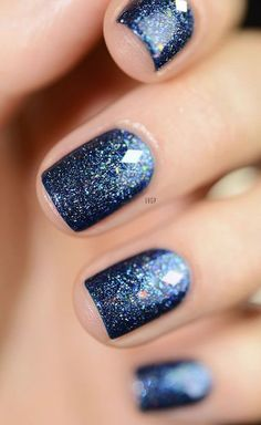 45 Muss Nagellack-Designs und Ideen 2017 ausprobieren – Nageldesign & Nailart 45 Must try nail polish designs and ideas 2017 Blue Shellac Nails, Diy Nails, Blue Glitter Nails, Navy Blue Nails, Nail Art Blue, Acrylic Nails, Polish Nails, Glitter Nail Polish, Black Nail