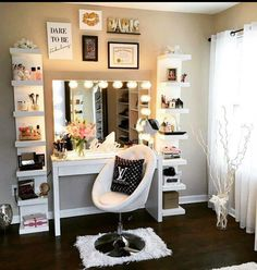 Could so do a set up like this in our new walk in closet by the front wall!!