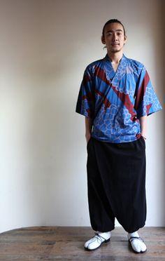 chrysanthemum kimono tops $95  big-chrysanthemum-blue/ $95 #kimono, #sousou…
