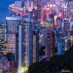 香港 ビクトリアピークより香港島市街を望む  #HongKong #VictoriaPeak Hong Kong, Skyscraper, Multi Story Building, Skyscrapers