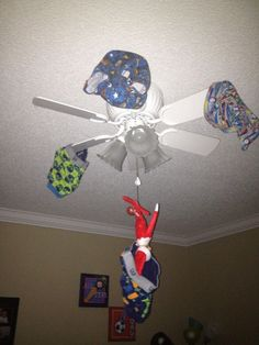 elf+on+the+shelf+funny | fun Elf on the Shelf idea! Hang him from a ceiling ... | Elf on a S ...