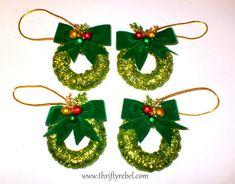 Easy DIY Home Decor Crafts: Curtain Ring Wreath Ornaments Crochet Christmas Wreath, Vintage Christmas Ornaments, Christmas Angels, Christmas Wreaths, Christmas Decorations, Curtain Rings Crafts, Curtains With Rings, Christmas Projects, Decor Crafts