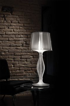 #Liza by #Giovannoni - #lighting can be #independent or at the same time as the #light source of the #hat #Slamp #interiordesign