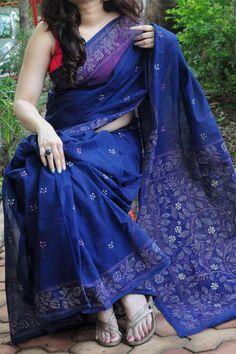 Handmade Kantha Stitch Cotton Saree by Dvija Cotton Saree Designs, Saree Blouse Neck Designs, Saree Blouse Patterns, Trendy Sarees, Stylish Sarees, Fancy Sarees, Formal Saree, Casual Saree, Saree Trends