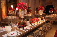 Resultado de imagem para decoração de casamento vermelho e dourado