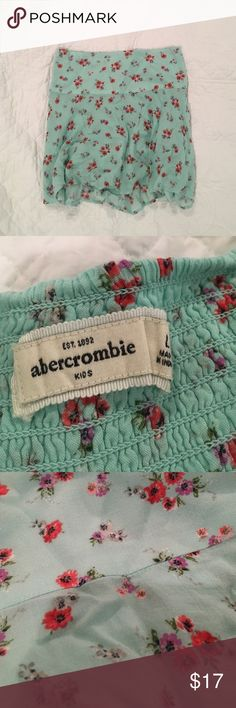 Abercrombie Kids Floral Skirt Abercrombie Kids skirt with a floral print. Never worn before. abercrombie kids Bottoms Skirts