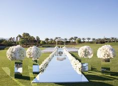 Outdoor Wedding Ceremonies This ceremony design took our breath away! As featured in Grace Ormonde Wedding Ceremony Ideas, Wedding Trends, Wedding Styles, Wedding Venues, Destination Wedding, Wedding Destinations, Wedding Ceremonies, Wedding Favors, Luxury Wedding