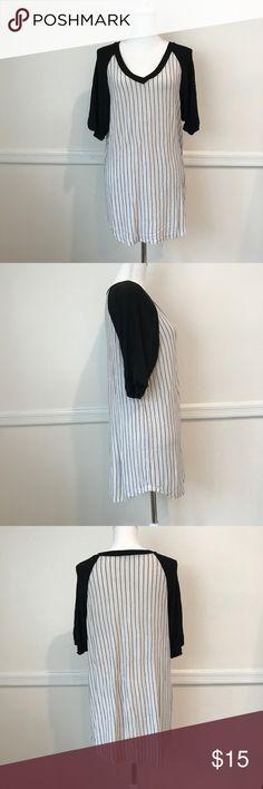 Brandy Melville shirt dress one size Brandy Melville striped shirt dress one size Brandy Melville Dresses