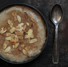 mandeln_zutaten fuer brotsuppe aus der nachkriegszeit © vivi D'Angelo foodfotografie muenchen