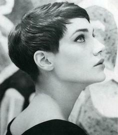 Pretty And Retro Short Hair.