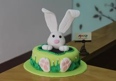 Cake Pops, Baby Birthday Cakes, Cake Central, Ideas Para Fiestas, Occasion Cakes, Food N, Gum Paste, Easter Baskets, Easter Bunny