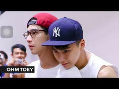 OHM x TOEY : cute moment น่ารักตะมุตะมิแบบนี้ใครจะอดใจไหว~ [PIC] - YouTube