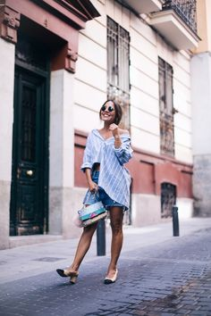 Blue Cut Out striped Shirt+denim skirt+nude and black open pumps+printed shoulder bag+sunglasses. Summer Outfit 2016