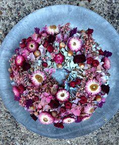 Türkränze - Trockenblumen - Kranz in lila, pink, türkis - ein Designerstück von…