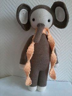 elephant mod made by Lena E. / based on a lalylala crochet pattern