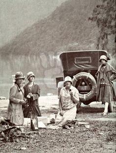 1920's picnic