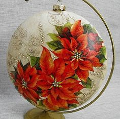 Decoupage U Edyty . Christmas Decoupage, Painted Christmas Ornaments, Hand Painted Ornaments, Holiday Ornaments, Christmas Art, Christmas Projects, Christmas Themes, Christmas Tree Ornaments, Clear Ornaments