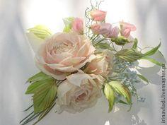 Цветы из шелка. Бутоньерка РОЗЫ И ДУШИСТЫЙ ГОРОШЕК.Натуральный шелк -