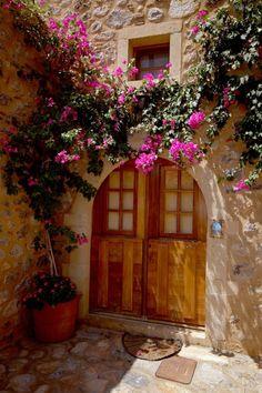 TRAVEL'IN GREECE I Door near #Monemvasia, #Greece, #travelingreece