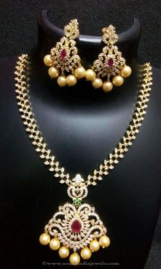 Short Wedding Necklace from RS Designs – Vani Mutyala Short Wedding Necklace from RS Designs Short Wedding Necklace Designs, Wedding Necklace Models, Wedding Necklace Collections. India Jewelry, Jewelry Sets, Jewellery, Diamond Necklace Set, Diamond Jewelry, Pakistani Jewelry, Gold Jewelry Simple, Necklace Designs, Wedding Jewelry