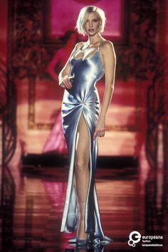 Gianni Versace, Spring-Summer 1995, Couture on www.europeanafashion.eu