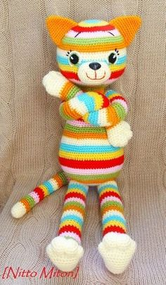 ideas for crochet cat amigurumi sweets Chat Crochet, Crochet Mignon, Crochet Cat Pattern, Crochet Patterns, Free Pattern, Knitted Dolls, Crochet Dolls, Amigurumi Patterns, Amigurumi Doll