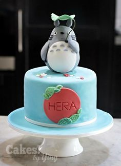 There's just something about Totoro – sweet, lovable, huggable, and a cultural icon. Totoro, Pretty Cakes, Beautiful Cakes, Amazing Cakes, Anime Cake, First Communion Cakes, Harry Potter Cake, Character Cakes, Occasion Cakes