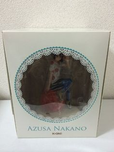 K-On! : Azusa Nakano Ending Ver. Figure > Kyoto Animation / Kyoani Online Shop Exclusive (japan import) Kyoto Animation http://www.amazon.de/dp/B005G9Y114/ref=cm_sw_r_pi_dp_NYmwvb19CDBEP